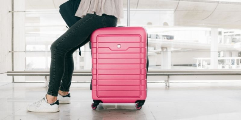 How much does a suitcase have to weigh at the Airport
